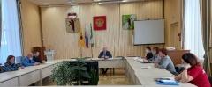 На   заседании территориальной комиссии по делам несовершеннолетних    и  защите  их  прав …